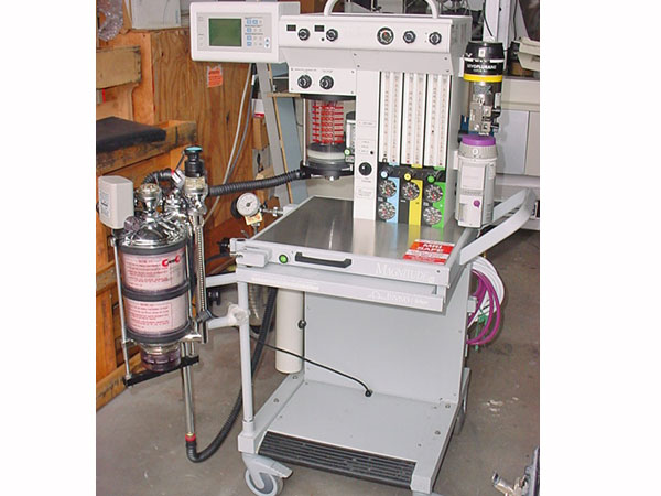 Anesthesia Machine for MRI. Model: Narkomed MRI-2(INVIVO)